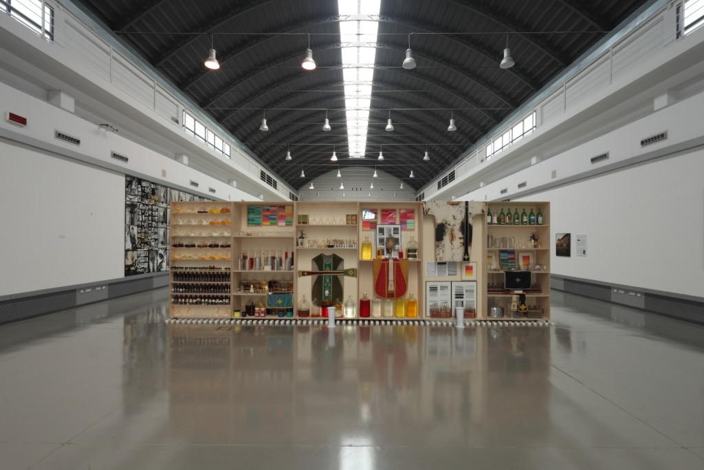 Exhibition view, Apotheke